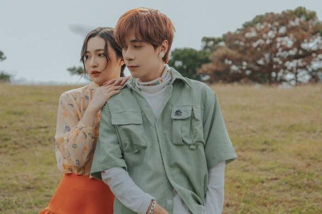 """Netizen Thái Lan """"phát cuồng"""" vì một ca khúc nhạc Việt, chủ nhân bản hit nhanh chóng được truy lùng ảnh 1"""