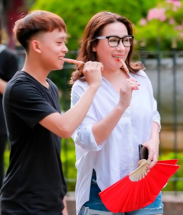 Hồ Văn Cường xin lỗi Phi Nhung, khẳng định không mắc bệnh ngôi sao như mẹ nuôi nghĩ ảnh 4