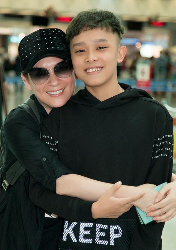 Hồ Văn Cường xin lỗi Phi Nhung, khẳng định không mắc bệnh ngôi sao như mẹ nuôi nghĩ ảnh 3