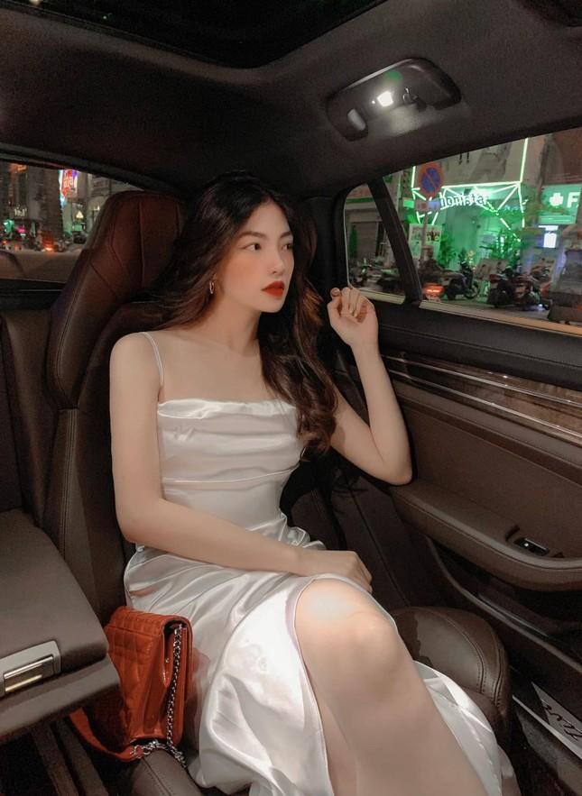 Chân dung cô nàng hotgirl được netizen đặt nghi vấn hẹn hò với ca sĩ Ngô Kiến Huy ảnh 6