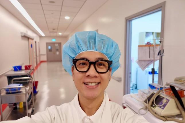 """JustaTee thông báo bà xã Trâm Anh """"vượt cạn"""" thành công, hàng loạt sao Việt gửi lời chúc mừng ảnh 1"""