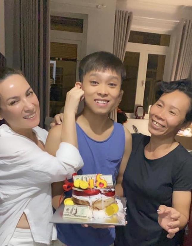 Hồ Văn Cường quyết ra riêng sau 6 năm ở chung nhà với mẹ nuôi Phi Nhung ảnh 2