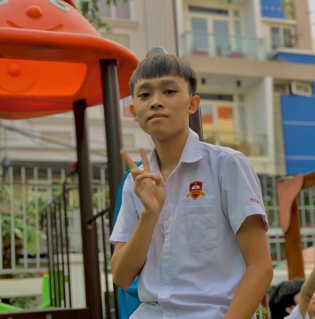 Hồ Văn Cường quyết ra riêng sau 6 năm ở chung nhà với mẹ nuôi Phi Nhung ảnh 1