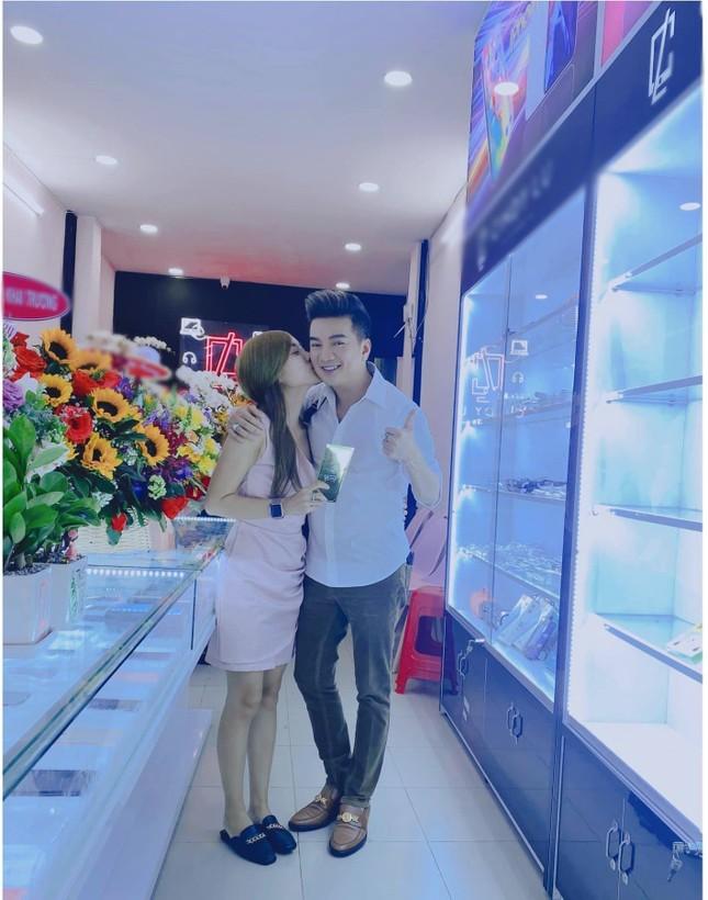 """Đàm Vĩnh Hưng gọi vợ cũ của Hoài Lâm là """"em dâu xinh đẹp"""" dù cặp đôi đã """"đường ai nấy đi"""" ảnh 2"""
