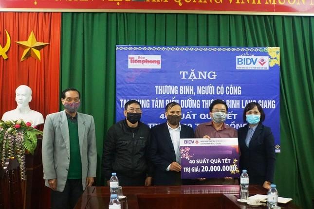 Ngân hàng BIDV chúc Tết các thương binh nặng tại Bắc Ninh, Bắc Giang ảnh 4