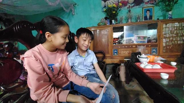 Doanh nhân Hàn Quốc đỡ đầu hai trẻ mồ côi ở Bắc Giang ảnh 2