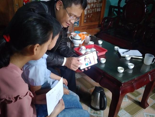 Doanh nhân Hàn Quốc đỡ đầu hai trẻ mồ côi ở Bắc Giang ảnh 3