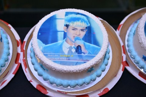 Hoài Lâm cùng dàn sao quậy tưng bừng trong ngày sinh nhật ảnh 2