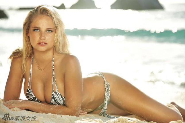 Siêu mẫu Nam Phi 'gây mê' với bikini sắc màu ảnh 12