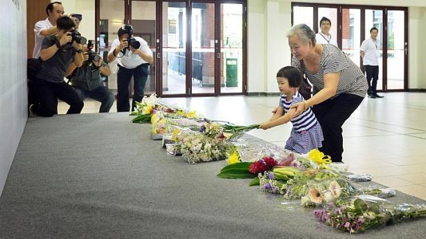 Người Singapore khóc thương ông Lý Quang Diệu ảnh 4