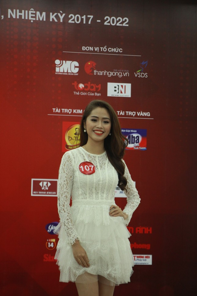 Nữ sinh duyên dáng, tự tin thi tài Hoa khôi sinh viên Việt Nam 2017 ảnh 11
