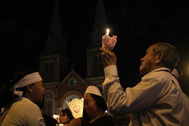 Nghìn người hát thánh ca đưa tiễn Tổng giám mục Bùi Văn Đọc ảnh 7