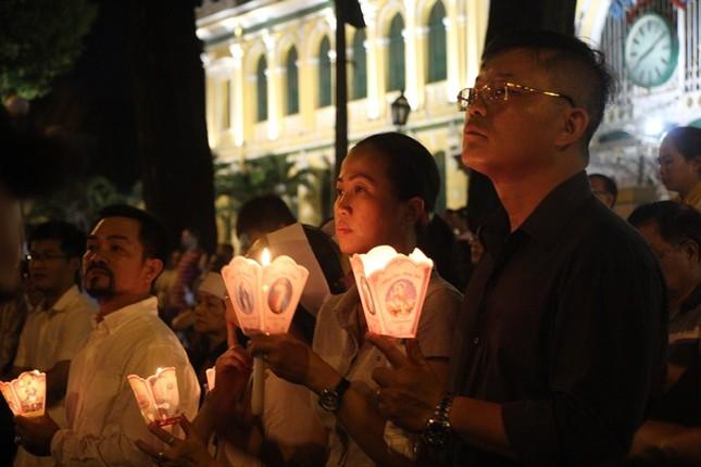 Nghìn người hát thánh ca đưa tiễn Tổng giám mục Bùi Văn Đọc ảnh 6