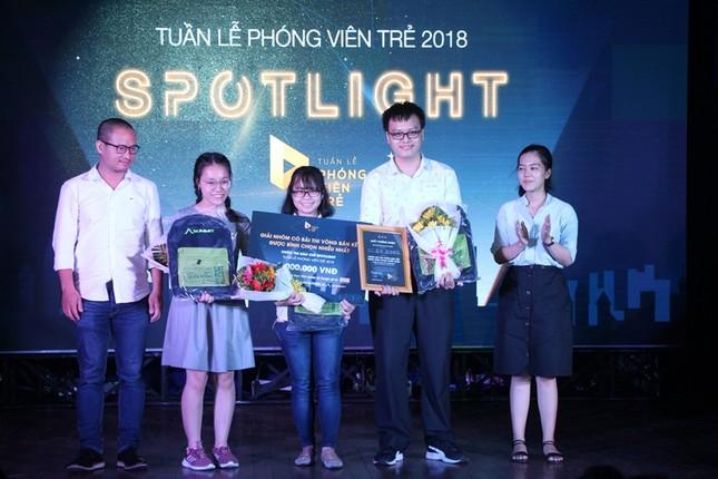 """Nữ sinh trường Luật đoạt ngôi quán quân cuộc thi báo chí """"Spotlight"""" ảnh 6"""