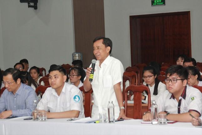 """Chủ tịch UBND TPHCM: 'Bạn trẻ cứ thỏa sức nêu ý tưởng, tìm đáp số cho thành phố"""" ảnh 3"""