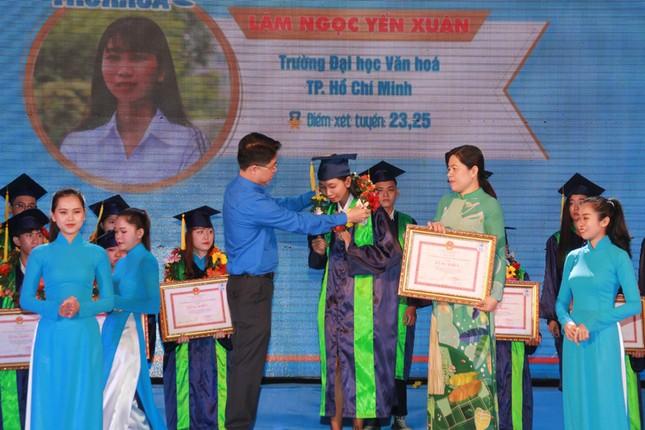 TPHCM vinh danh 66 tân sinh viên và tân cử nhân tiêu biểu ảnh 3