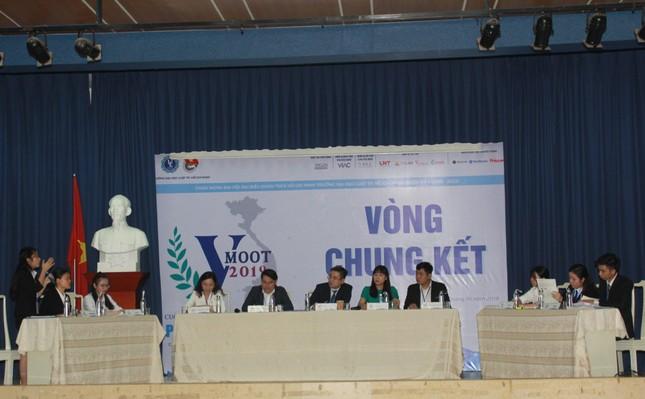 Đại diện ĐHQG Hà Nội đoạt ngôi quán quân VMoot 2019 ảnh 1