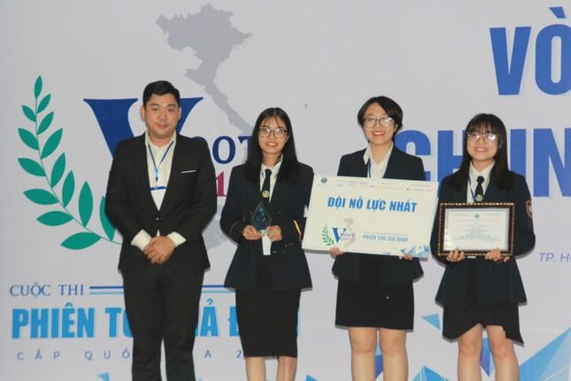 Đại diện ĐHQG Hà Nội đoạt ngôi quán quân VMoot 2019 ảnh 6