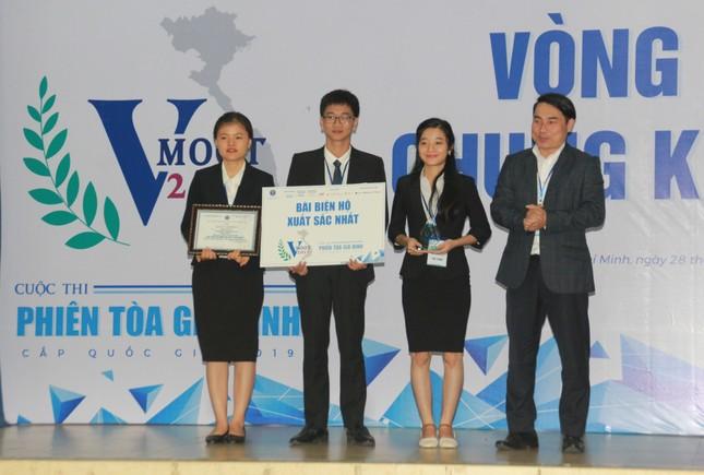 Đại diện ĐHQG Hà Nội đoạt ngôi quán quân VMoot 2019 ảnh 7