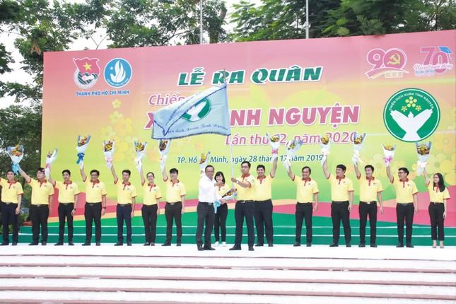 Nghìn bạn trẻ TPHCM hào hứng ra quân chiến dịch Xuân tình nguyện 2020 ảnh 5