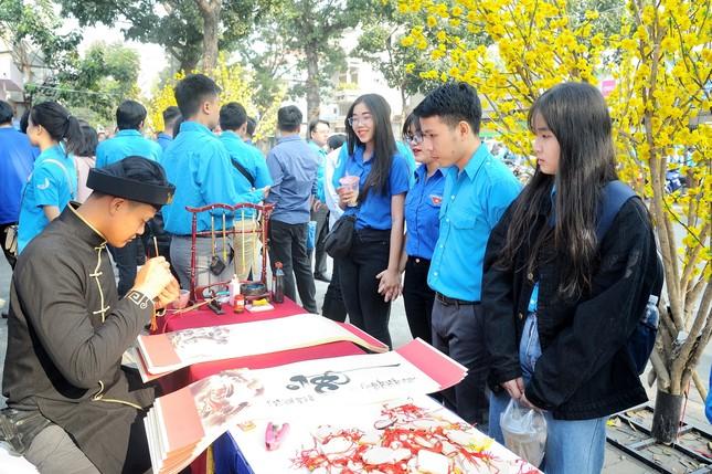 Hội LHTN Việt Nam TPHCM chăm lo hội viên, thanh niên khó khăn dịp Tết ảnh 3