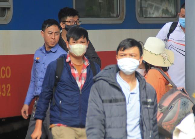 Virus corona ám ảnh người dân miền Trung ảnh 6