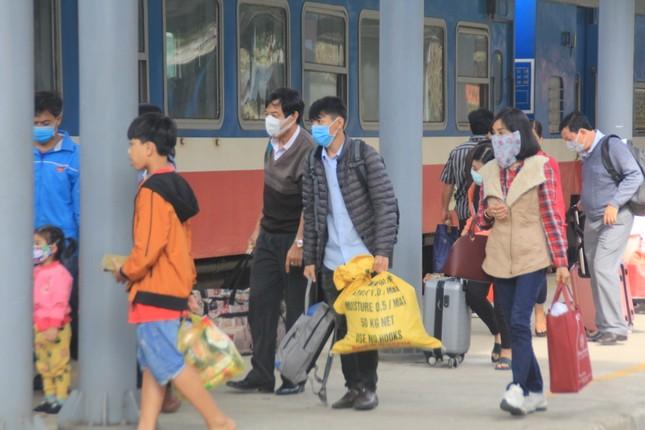Virus corona ám ảnh người dân miền Trung ảnh 7