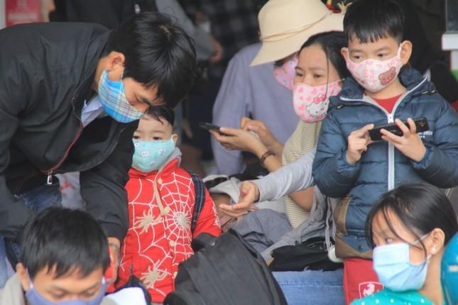 Virus corona ám ảnh người dân miền Trung ảnh 18