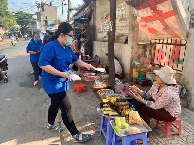 Trương Quỳnh Anh, Hồ Đức Vĩnh cùng đông đảo bạn trẻ hiến máu ảnh 13