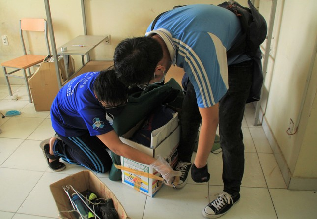 Tình nguyện viên ở Ký túc xá làm nơi cách ly ảnh 4