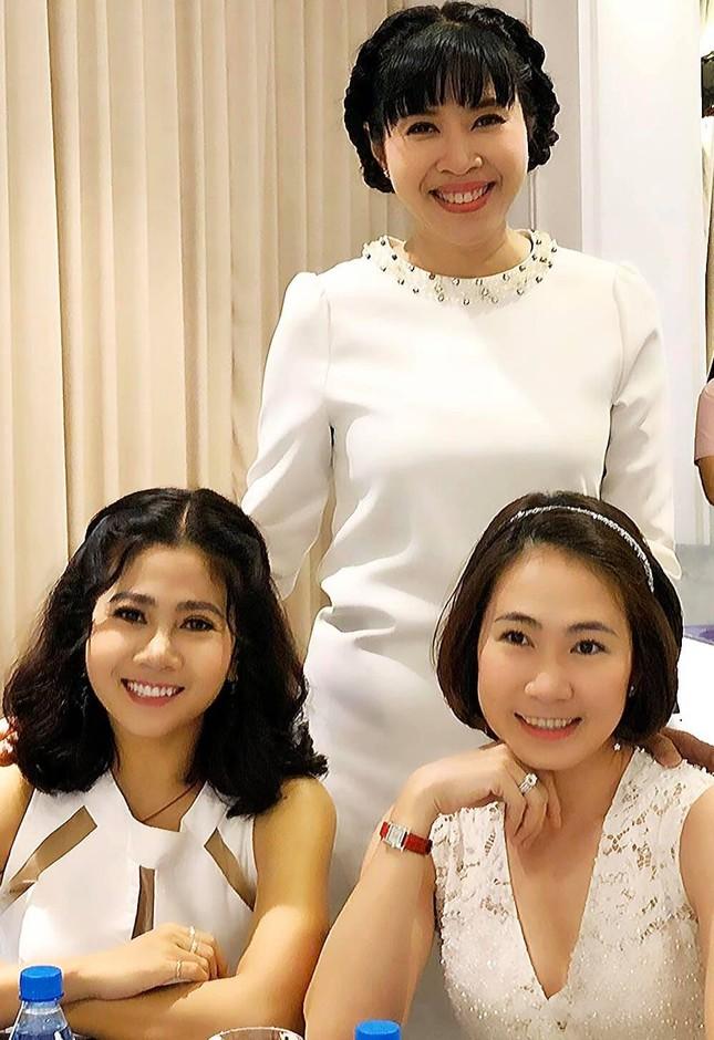 MC Quỳnh Hoa xúc động kể chở Mai Phương đi cấp cứu trong đêm 10 ngày trước ảnh 1
