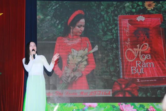 Thí sinh Ngô Anh Tú đoạt quán quân cuộc thi 'Quyển sách tôi yêu' ảnh 2
