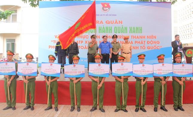 Tuổi trẻ Công an TPHCM ra quân Hành quân xanh năm 2020 ảnh 3