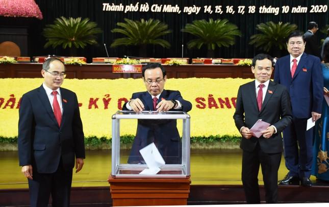Tân Bí thư Thành ủy Nguyễn Văn Nên nói gì khi ra mắt Đảng bộ TPHCM? ảnh 4