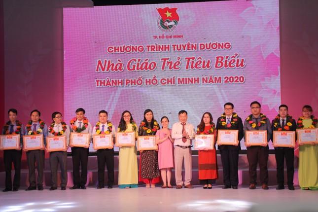 TPHCM tuyên dương 161 nhà giáo trẻ tiêu biểu ảnh 6