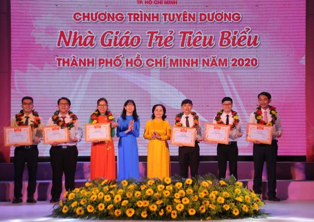 TPHCM tuyên dương 161 nhà giáo trẻ tiêu biểu ảnh 2
