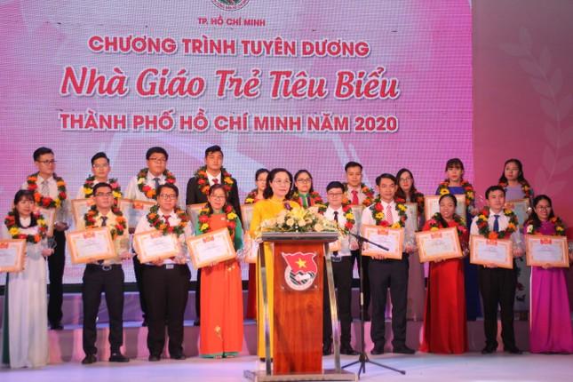 TPHCM tuyên dương 161 nhà giáo trẻ tiêu biểu ảnh 10