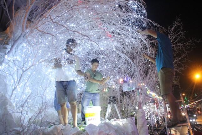 Xóm đạo Sài Gòn trang hoàng lung linh đón Giáng sinh ảnh 5