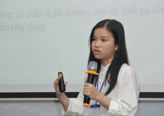 Trao giải 14 báo cáo xuất sắc tham gia Hội nghị khoa học kinh tế trẻ năm 2020 ảnh 2