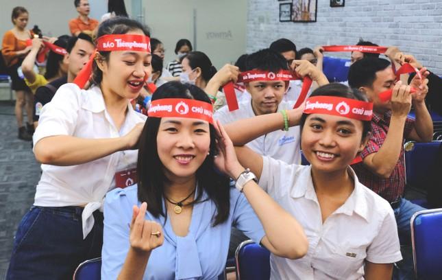 Dàn Á hậu, người đẹp HHVN khuấy động Chủ nhật Đỏ tại TPHCM ảnh 7