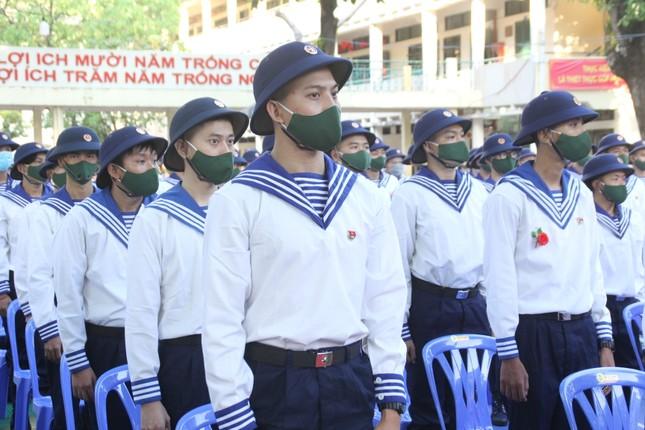 Gần 5.000 tân binh TPHCM, thanh niên ĐBSCL hăng hái lên đường bảo vệ Tổ quốc ảnh 3