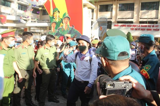Gần 5.000 tân binh TPHCM, thanh niên ĐBSCL hăng hái lên đường bảo vệ Tổ quốc ảnh 16