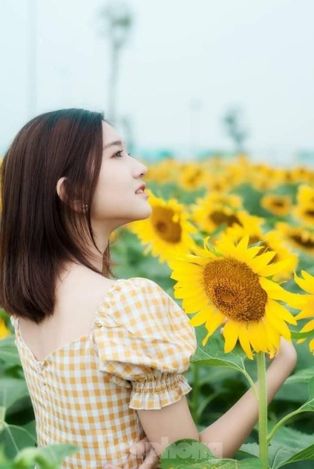 Nhan sắc trong trẻo của Hoa khôi 18 tuổi Thiên Nhi ảnh 6