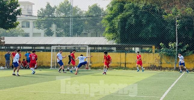 Đội bóng Trường THPT Thành Nhân vô địch giải Tiền Phong Champion Cup 2020 ảnh 1