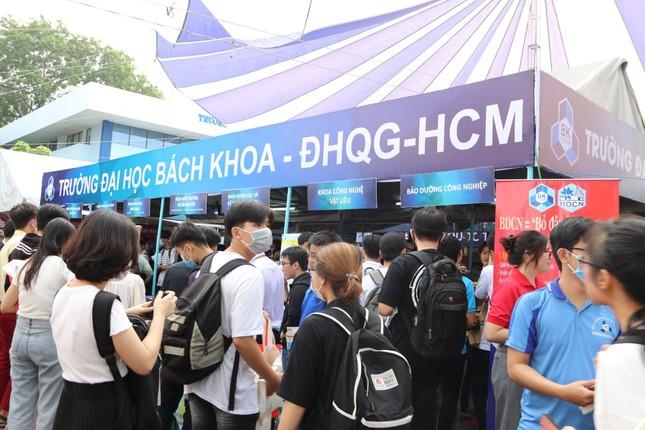Trường ĐH Bách Khoa TPHCM kết luận vụ GS trẻ nhất Việt Nam bị tố gian lận NCKH ảnh 1