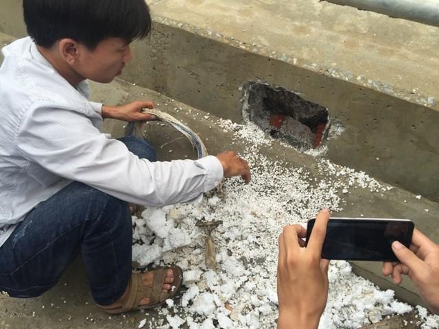 Bê tông lót xốp ở cầu vượt sông ở Hà Nội ảnh 4
