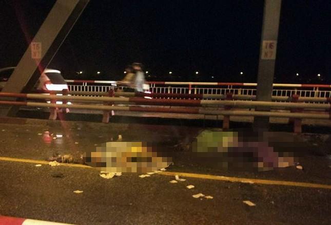 Danh tính 3 nạn nhân tử vong trong vụ tai nạn trên cầu Chương Dương ảnh 1