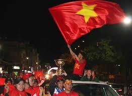 Hơn 1.000 cảnh sát Hà Nội chống đua trận bán kết Việt Nam-Hàn Quốc ảnh 1