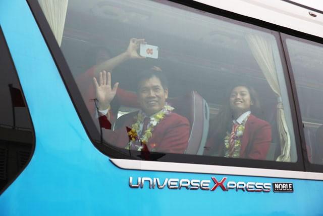 Olympic VN tới Mỹ Đình, hàng nghìn cổ động viên háo hức đợi giao lưu ảnh 2