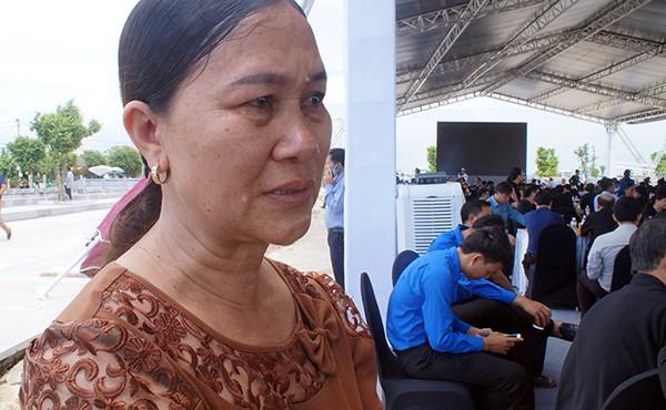 Người dân quê nhà viếng Chủ tịch nước Trần Đại Quang ảnh 8